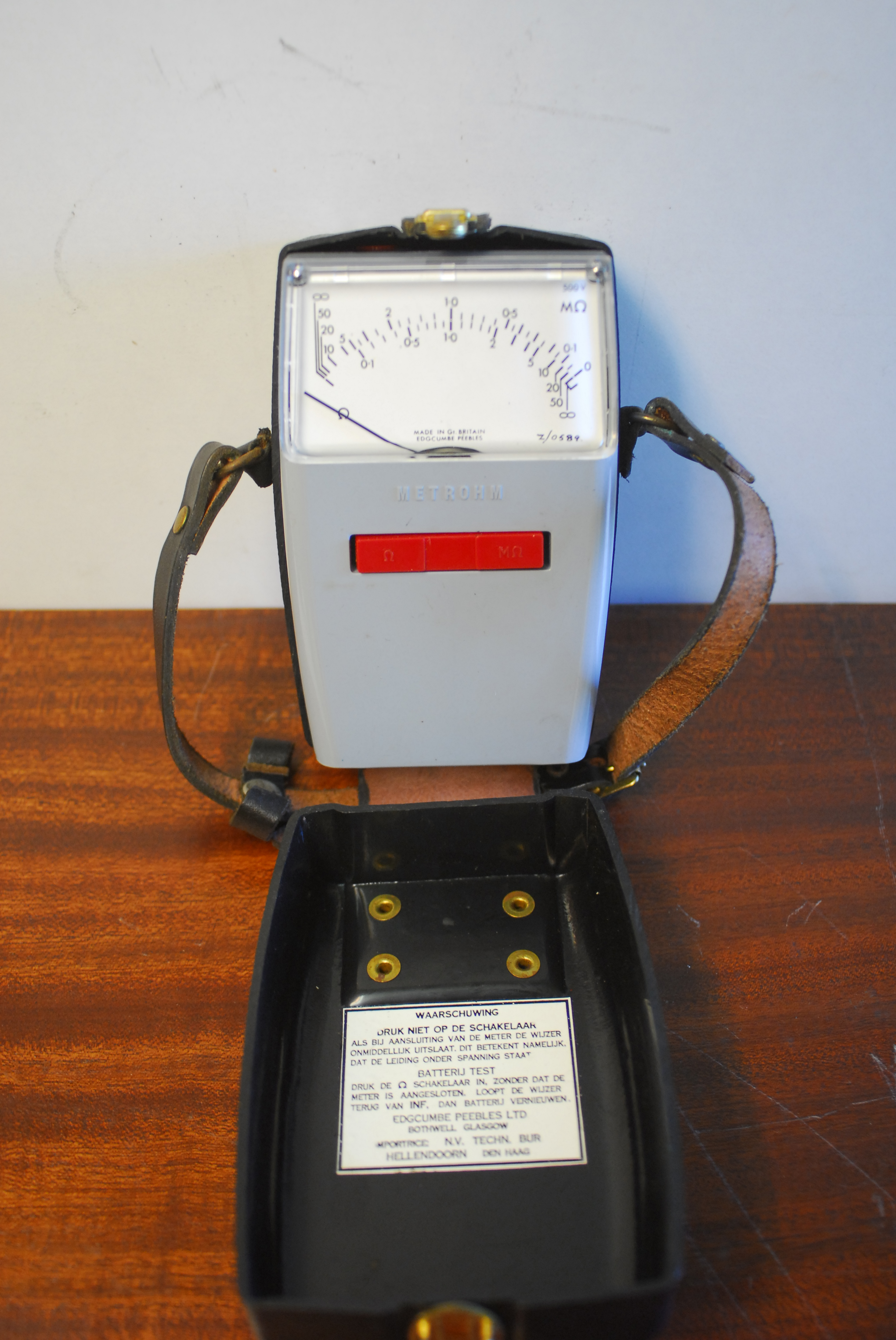 isolatietester, ohm meter